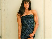 Mindy OBrien's incredible looks and terrific muscu...